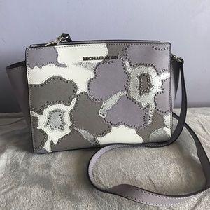 BRAND NEW Michael Michael Kors purse